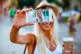 Selfie Smile- Advanced Dentistry South Florida -FAU Team Dentist